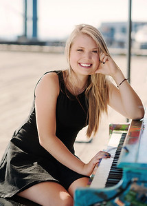 Mersadie Tallman Senior 2015